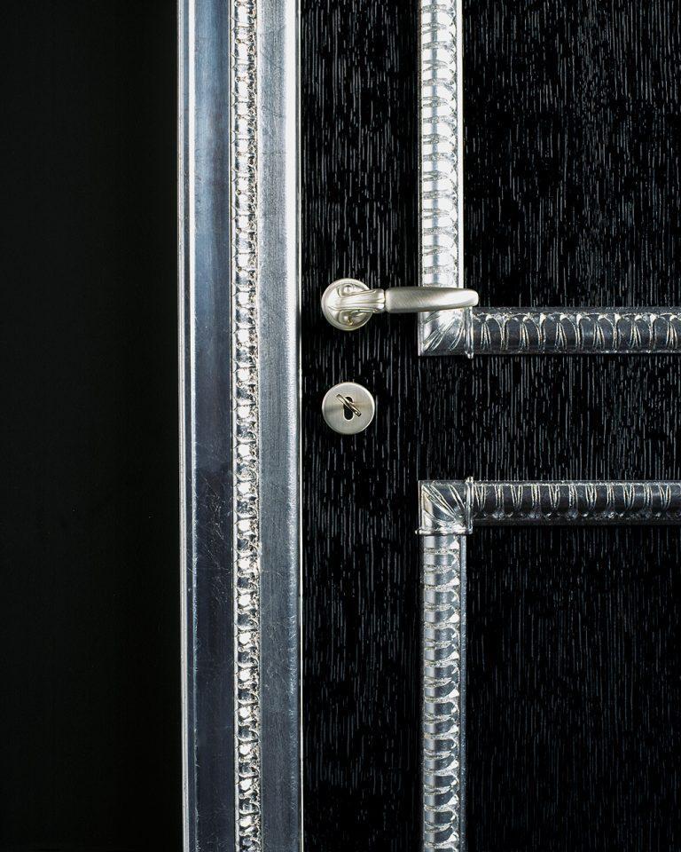 sige gold classic black door