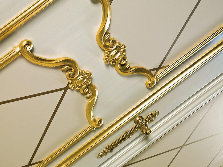 sige gold neoclassic door